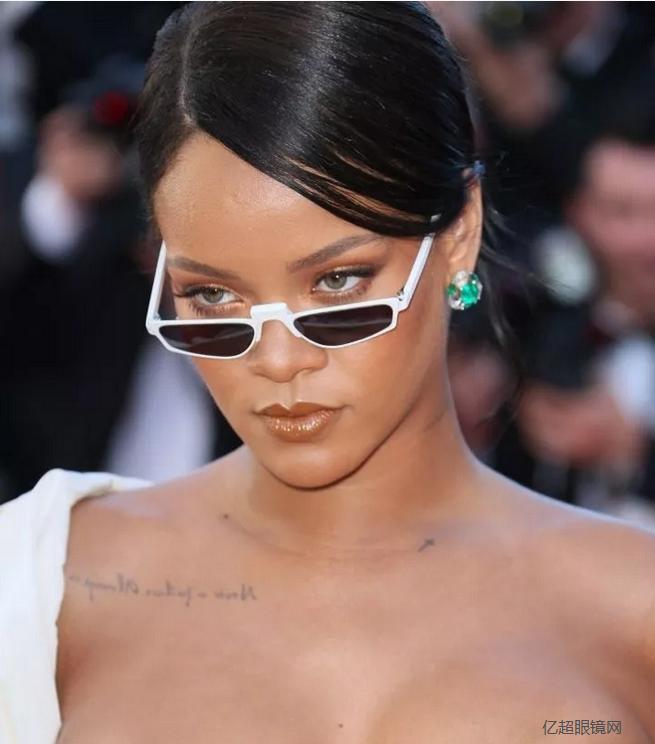 皇冠眼镜配镜课:从美学说开去