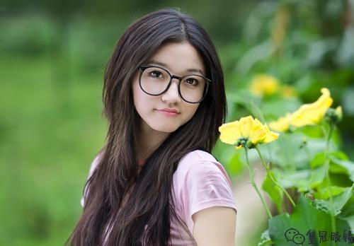 固始县有可以拿着镜框配眼镜的店吗